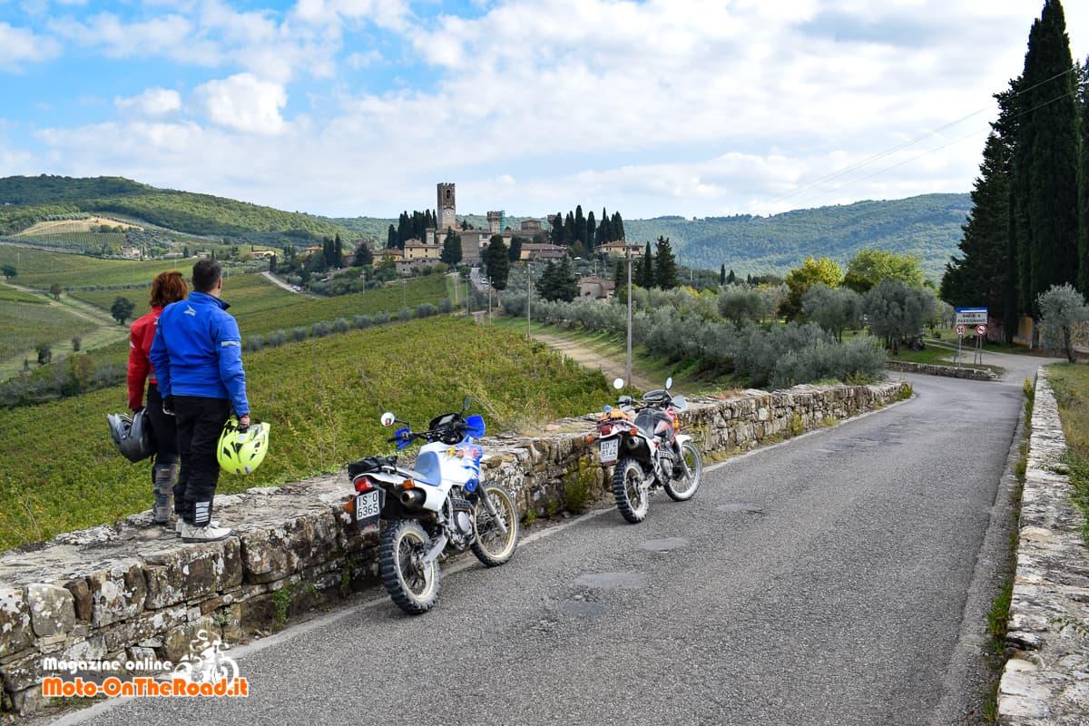 Il turismo in moto come piace a noi.