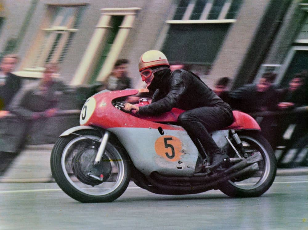 Mike Hailwood MV 1965