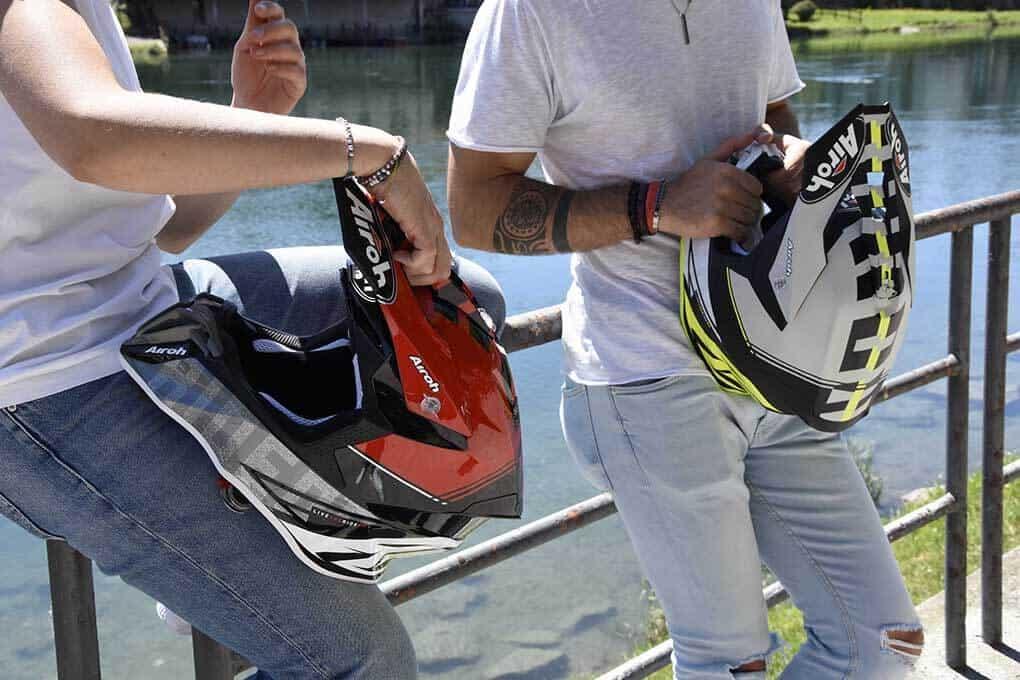 casco AIROH Twist 2.0