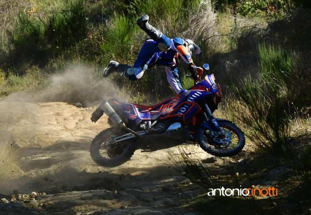 fotografare motociclisti caduta